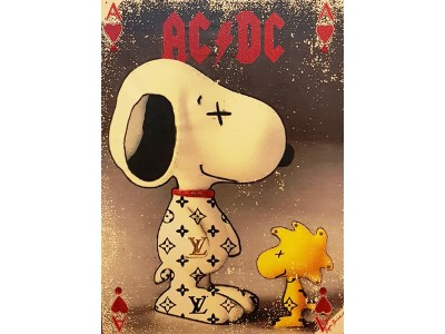 SNOOPY E WOODSTOCK IN ACDC.
